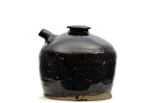 Stoneware jar for sauce